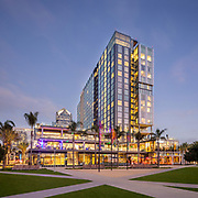 John Portman & Associates - Intercontinental Hotel, San Diego