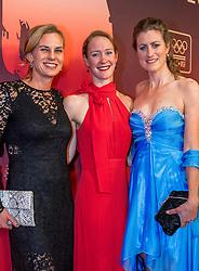 21-12-2016 NED: Sportgala NOC * NSF 2016, Amsterdam<br /> In de Amsterdamse RAI vindt het traditionele NOC NSF Sportgala weer plaats / Marrit Leenstra, Hinkelien Schreuder en Vera Koedooder