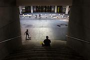 Scène de vie au musée d'art moderne M.A.M.A.C   // Scene of life at M.A.M.A.C modern art museum