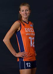 22-05-2015 NED: Selectie Nederlands Volleybalteam vrouwen 2015, Arnhem<br /> Op Papendal werd de photoshoot met de Nederlandse Volleybal vrouwen gedaan / Manon Nummerdor-Flier #12