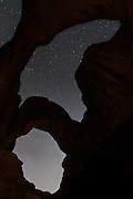 USA, Arches National Park (UT).Double Arch at night