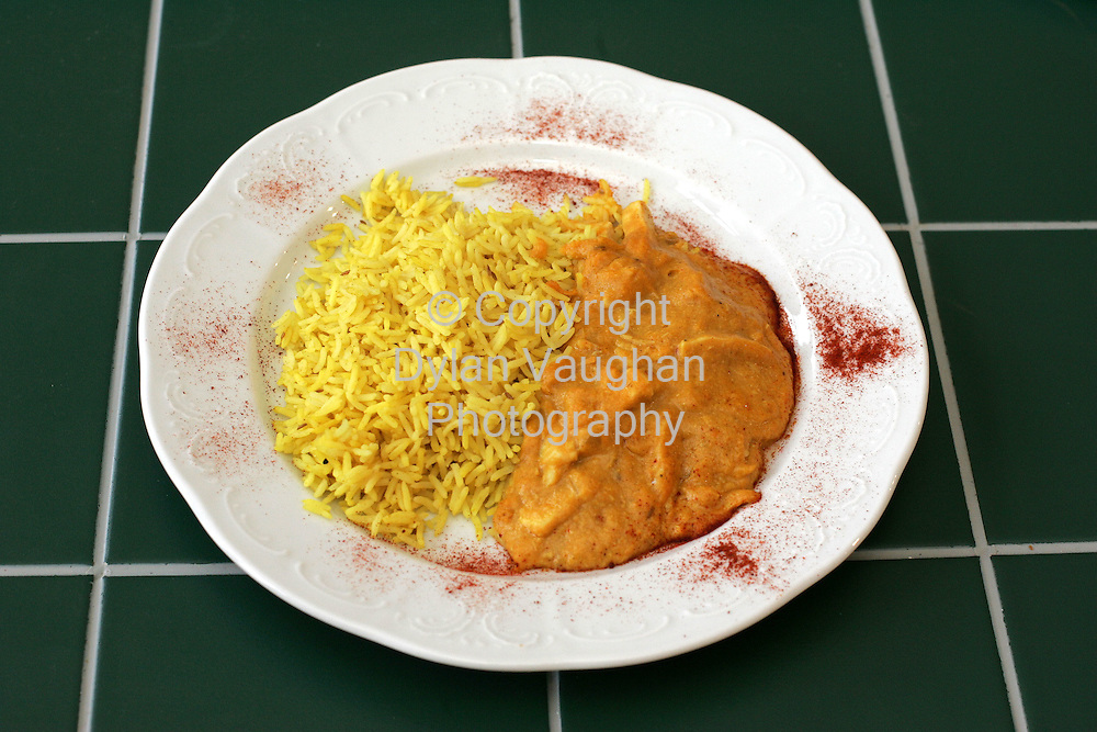 25/10/2004.Eugene McSweeney Food Shots for Weekender.Week 78.Main Chicken Korma..Picture Dylan Vaughan