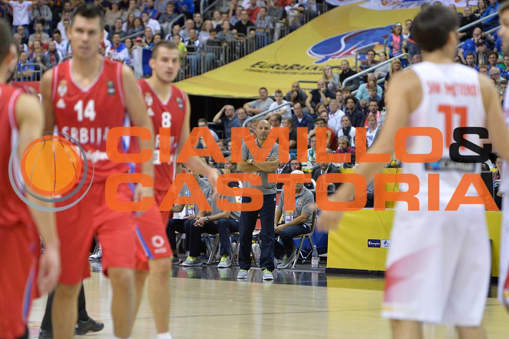 DESCRIZIONE : Berlino Berlin Eurobasket 2015 Group B Spain Serbia <br /> GIOCATORE :  Sasha Djordjevic<br /> CATEGORIA :  Coach fair play<br /> SQUADRA : Serbia<br /> EVENTO : Eurobasket 2015 Group B <br /> GARA : Spain Serbia <br /> DATA : 05/09/2015 <br /> SPORT : Pallacanestro <br /> AUTORE : Agenzia Ciamillo-Castoria/I.Mancini<br /> Galleria : Eurobasket 2015 <br /> Fotonotizia : Berlino Berlin Eurobasket 2015 Group B Spain Serbia