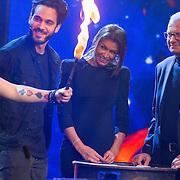 NLD/Aalsmeer/20151120 - 1e show Mindmasters Live 2015, Kay Nambiar, zwangere Sabia Boulahrouz - Engizek en boer Geert