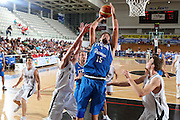 DESCRIZIONE : Trento Torneo Internazionale Maschile Trentino Cup Italia Nuova Zelanda  Italy New Zeland<br /> GIOCATORE : Angelo Gigli<br /> SQUADRA : Italia Italy<br /> EVENTO : Raduno Collegiale Nazionale Maschile <br /> GARA : Italia Nuova Zelanda Italy New Zeland<br /> DATA : 26/07/2009 <br /> CATEGORIA : tiro<br /> SPORT : Pallacanestro <br /> AUTORE : Agenzia Ciamillo-Castoria/G.Ciamillo<br /> Galleria : Fip Nazionali 2009 <br /> Fotonotizia : Trento Torneo Internazionale Maschile Trentino Cup Italia Nuova Zelanda Italy New Zeland<br /> Predefinita :