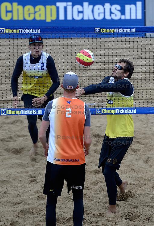 16-08-2014 NED: NK Beachvolleybal 2014, Scheveningen<br /> Reinder Nummerdor