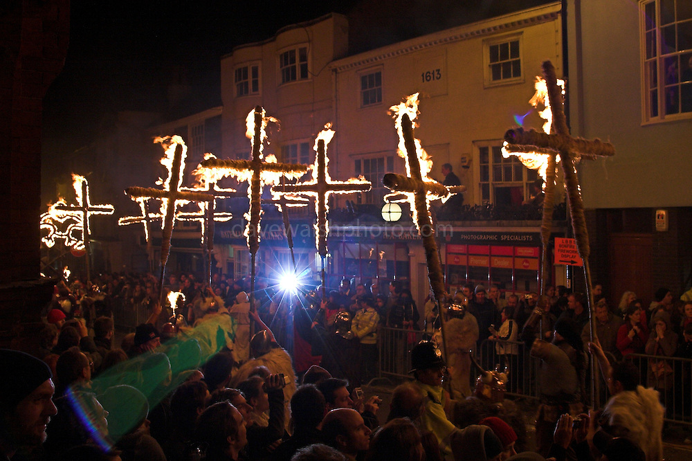 Burning crosses being carried through the Town of Lewes, Sussex, 5/11/05
