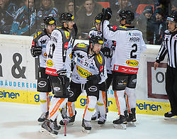 08.01.2016, Keine Sorgen Eisarena, Linz, AUT, EBEL, EHC Liwest Black Wings Linz vs Dornbirner Eishockey Club, 41. Runde, im Bild Dornbirn feiert das 1 zu 0 // during the Erste Bank Icehockey League 41st round match between EHC Liwest Black Wings Linz and Dornbirner Eishockey Club at the Keine Sorgen Icearena, Linz, Austria on 2016/01/08. EXPA Pictures © 2016, PhotoCredit: EXPA/ Reinhard Eisenbauer