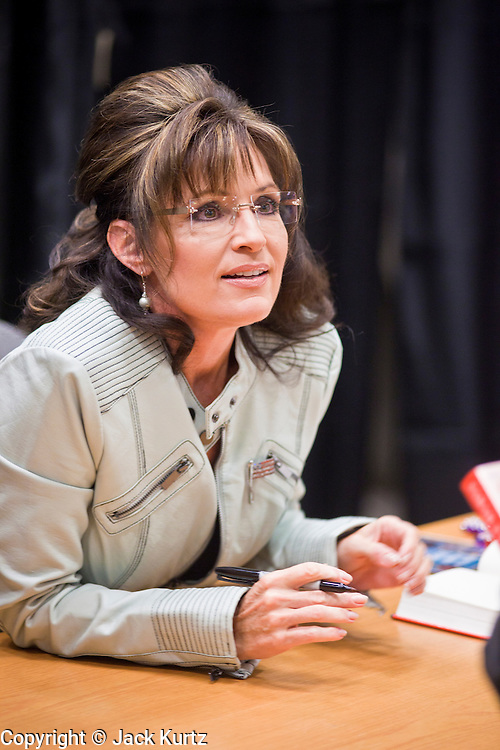 "23 NOVEMBER 2010 - PHOENIX, AZ: SARAH PALIN at a Barnes and Noble store in Phoenix Tuesday. Palin signed copies of her new book, ""America by Heart"" at the store in north Phoenix Tuesday night, Nov. 23. It was the kick off of her book tour to support America by Heart. Palin is frequently mentioned as a possible Republican candidate for US President in 2012.   Photo by Jack Kurtz"