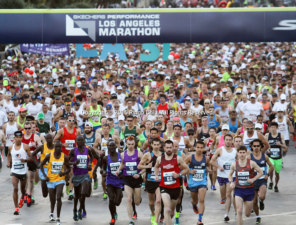 Elite Runners lead others start the 31st Los Angeles Marathon in Los Angeles, Sunday, Feb. 14, 2016. The 26.2-mile marathon started at Dodger Stadium and finished at Santa Monica.  (Photo by Ringo Chiu/PHOTOFORMULA.com)<br /> <br /> Usage Notes: This content is intended for editorial use only. For other uses, additional clearances may be required.