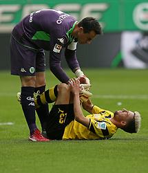 Football: Germany, 1. Bundesliga, VfL Wolfsburg - Borussia Dortmund (BVB), Wolfsburg - 16.05.2015,<br />Diego Benaglio (Wolfsburg) and Kevin Kampl (Dortmund) <br /><br />&copy; pixathlon<br /><br />+++ NED out !!! +++