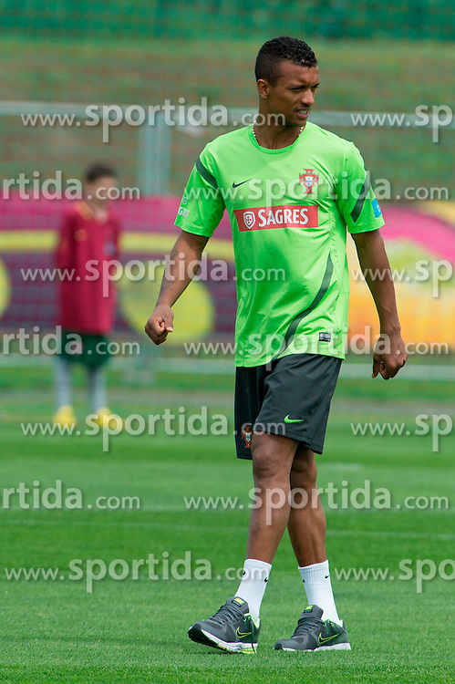 10.06.2012, Sportzentrum Remes, Opalenica, POL, UEFA EURO 2012, Portugal, Training, im Bild NANI // during EURO 2012 Trainingssession of Portugal Nationalteam, at the Sportcenter Remes, Opalenica, Poland on 2012/06/10. EXPA Pictures © 2012, PhotoCredit: EXPA/ Newspix/ Jakub Kaczmarczyk..***** ATTENTION - for AUT, SLO, CRO, SRB, SUI and SWE only *****