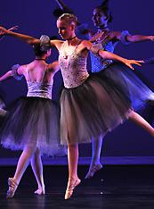 Studio 34 Dance Breaking Through 32 Ballet 3A