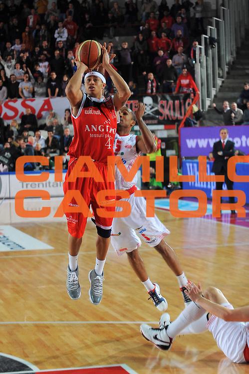 DESCRIZIONE : Varese Lega A 2010-11 Cimberio Varese Angelico Biella<br /> GIOCATORE : A.J. Slaughter<br /> SQUADRA : Angelico Biella<br /> EVENTO : Campionato Lega A 2010-2011<br /> GARA : Cimberio Varese Angelico Biella<br /> DATA : 02/01/2011<br /> CATEGORIA : Tiro<br /> SPORT : Pallacanestro<br /> AUTORE : Agenzia Ciamillo-Castoria/A.Dealberto<br /> Galleria : Lega Basket A 2010-2011<br /> Fotonotizia : Varese Lega A 2010-11Cimberio Varese Angelico Biella<br /> Predefinita :
