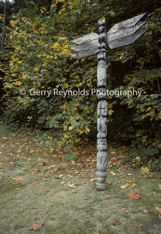 Totem Pole, Visitor Center, Olympic, Olympic National Park, Washington