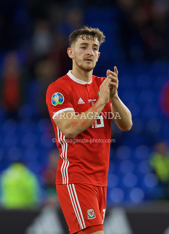 CARDIFF, WALES - Sunday, October 13, 2019: Wales' Tom Lockyer applauds the supporters after the UEFA Euro 2020 Qualifying Group E match between Wales and Croatia at the Cardiff City Stadium. (Pic by Laura Malkin/Propaganda)