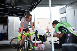 Doris Schweizer (SUI) of Cylance Pro Cycling enjoys the course description of Rossella Ratto (ITA) after before her starting the Giro Rosa 2016 - Prologue. A 2 km individual time trial in Gaiarine, Italy on July 1st 2016.