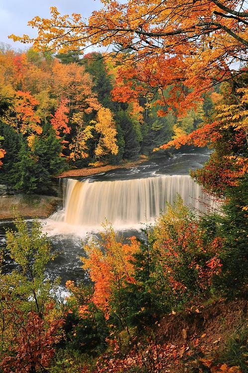 Upper Tahquamenon Falls,<br /> Michigan's Upper Peninsula