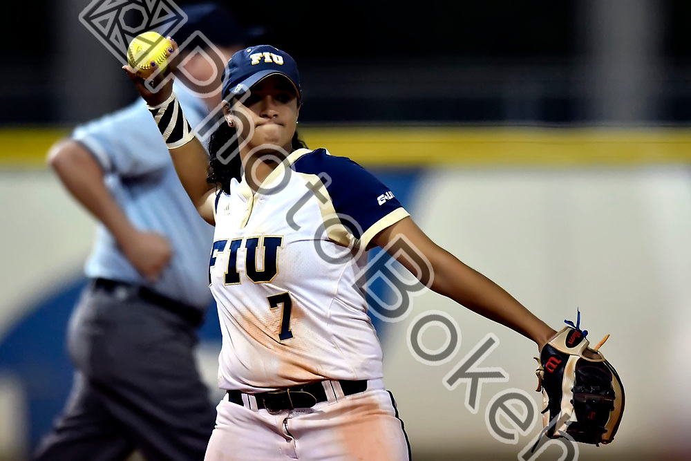 2018 February 09 - FIU's Jessica Rivera (7). Florida International University softball fell to Hofstra, 5-0, at Felsberg Field, Miami, Florida. (Photo by: Alex J. Hernandez / photobokeh.com) This image is copyright by PhotoBokeh.com and may not be reproduced or retransmitted without express written consent of PhotoBokeh.com. ©2018 PhotoBokeh.com - All Rights Reserved