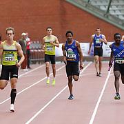 Kapenda Raphael (#47, SMAC) termine le relais 4x100m lors des Intercercles Div Nationale Hommes d'athlétisme qui se sont déroulés à Bruxelles (Stade Roi Baudouin) le 14/05/2017.