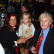 Gouden CD Jody Bernal, Hans Wennekes met vrouw en kind