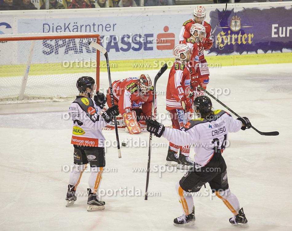 18.12.2015, Stadthalle, Klagenfurt, AUT, EBEL, EC KAC vs Dornbirner Eishockey Club, 32. Runde, im Bild Thomas Koch (EC KAC, #18), René Swette (EC KAC, #30), Steven Strong (EC KAC, #24), Mark Popovic (EC KAC, #4), Michael Caruso (Dornbirner Eishockey Club, #24), Dustin Sylvester (Dornbirner Eishockey Club, #19) // during the Erste Bank Eishockey League 32nd round match match betweeen EC KAC and Dornbirner Eishockey Club at the City Hall in Klagenfurt, Austria on 2015/12/18. EXPA Pictures © 2015, PhotoCredit: EXPA/ Gert Steinthaler