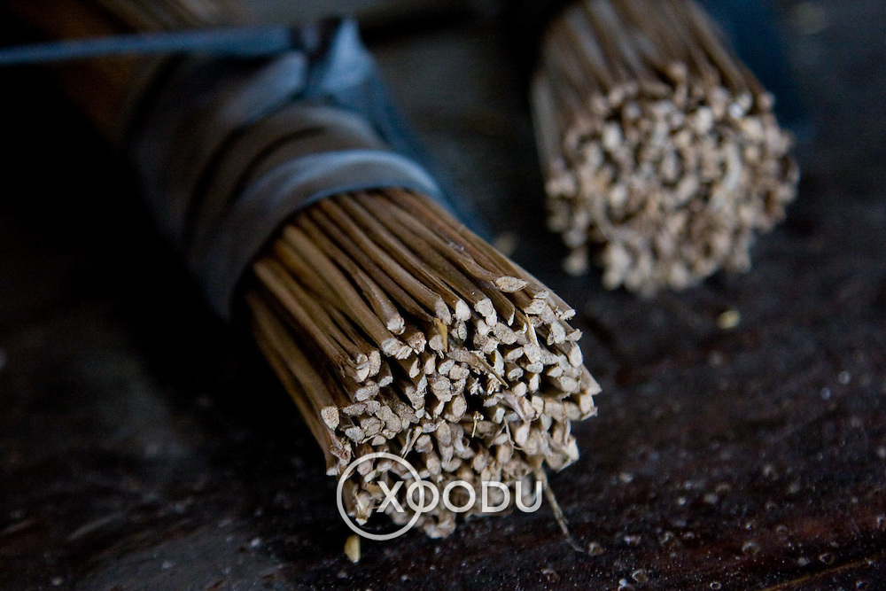 Closeup detail of bamboo stick bundles (Hue, Vietnam - Nov. 2008) (Image ID: 081111-1042371a)