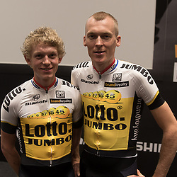 08-01-2016: Wielrennen: Presentatie Lotto Jumbo: Den Bosch<br />'s-HERTOGENBOSCH (NED) wielrennen<br />Team Lotto-Jumbo werd gepresenteerd op het HQ van Brand Loyalty<br />Koen Bouwman; Robert Gesink