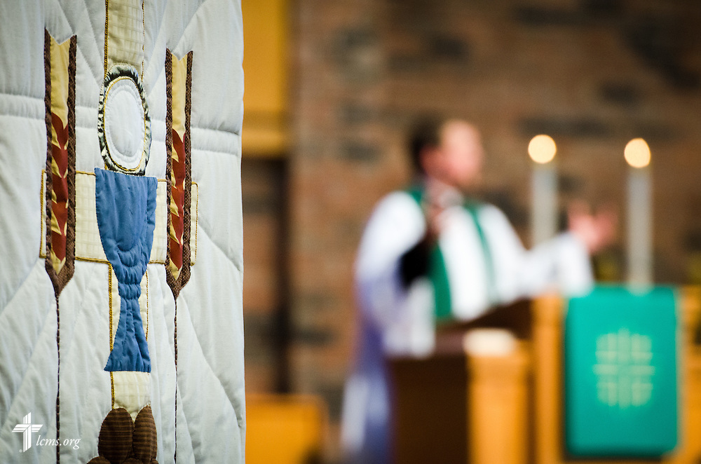The Rev. Christopher Hull, senior pastor, gives a sermon Sunday, July 27, 2014, during worship at Christ Lutheran Church in Normal, Ill. LCMS Communications/Erik M. Lunsford