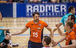 04-06-2016 NED: Nederland - Duitsland, Doetinchem<br /> Nederland speelt de tweede oefenwedstrijd in Doetinchem en verslaat Duitsland opnieuw met 3-1 / Thomas Koelewijn #15