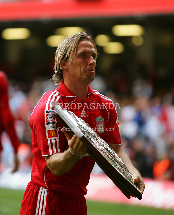 CARDIFF, WALES - SUNDAY, AUGUST 13th, 2006: Liverpool's Boudewijn Zenden holds the  Community Shield after beating Chelsea 2-1 at the Millennium Stadium. (Pic by David Rawcliffe/Propaganda)