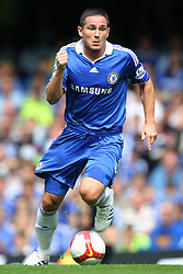 FRANK LAMPARD.CHELSEA FC.CHELSEA V PORTSMOUTH.STAMFORD BRIDGE, LONDON, ENGLAND.17 August 2008.DIU83679..  .WARNING! This Photograph May Only Be Used For Newspaper And/Or Magazine Editorial Purposes..May Not Be Used For, Internet/Online Usage Nor For Publications Involving 1 player, 1 Club Or 1 Competition,.Without Written Authorisation From Football DataCo Ltd..For Any Queries, Please Contact Football DataCo Ltd on +44 (0) 207 864 9121