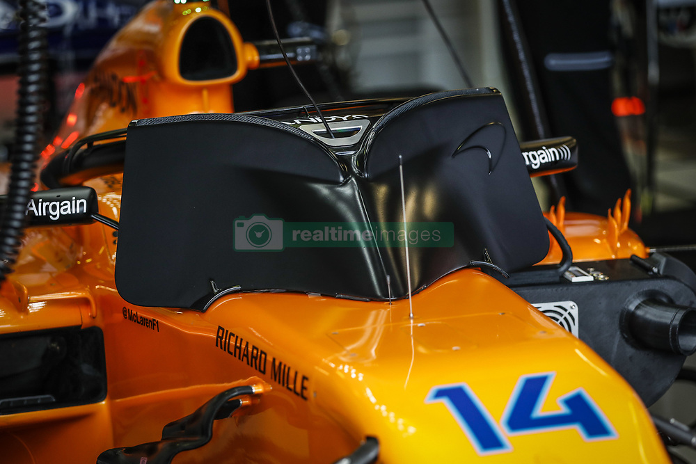 March 24, 2018 - Melbourne, Victoria, Australia - ALONSO Fernando (spa), McLaren Renault MCL33, screens during 2018 Formula 1 championship at Melbourne, Australian Grand Prix, from March 22 To 25 - s: FIA Formula One World Championship 2018, Melbourne, Victoria : Motorsports: Formula 1 2018 Rolex  Australian Grand Prix, (Credit Image: © Hoch Zwei via ZUMA Wire)