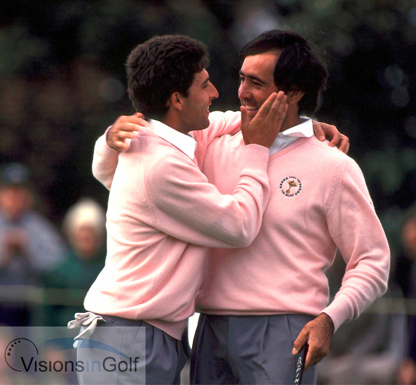 890927/THE BELFY, SUTTON COLDFIELD, UK./Photo mark Newcombe/RYDER CUP'89 <br />SEVE BALLESTEROS & OLAZABAL celebrate a win