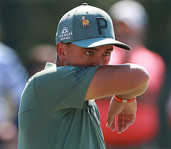 September 20, 2018 - Atlanta, GA, USA - Rickie Fowler reacts to missing his birdie putt on the first hole during the first round of the Tour Championship at East Lake Golf Club on Thursday, Sept. 20, 2018, in Atlanta, Ga. (Credit Image: © Curtis Compton/Atlanta Journal-Constitution/TNS via ZUMA Wire)