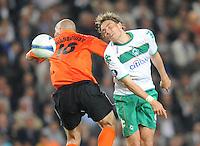 FUSSBALL     UEFA CUP  FINALE  SAISON 2008/2009 Shakhtar Donetsk - SV Werder Bremen 20.05.2009 Mariusz Lewandowski (Shakhtar links) gegen Clemens Fritz (Bremen)