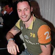 NLD/Bloemendaal/20110411 - CD presentatie Joel Geleynse, schaatser Nick Keegan