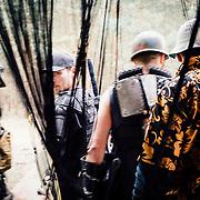 20.05.2016 Mahlwinkel, Zombie Larp (live action role play) Veranstalter: Lost ideas.<br />Etwa 600 Spieler, die Spieler sind 24h im Spiel.<br /><br />Die Spielf&uuml;hrung sorgt mit sogenannten Themen-H&auml;usern f&uuml;r Abwechslung. <br />Eine Redneck-Familie hat &Uuml;berlebende zum essen eingeladen. Die Lage eskaliert als die Spieler herausfinden das sie selbst das Essen sind. <br /><br />&copy; Harald Krieg/Agentur Focus