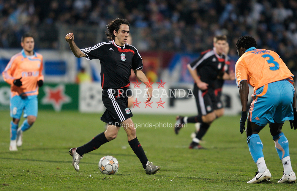MARSEILLE, FRANCE - Tuesday, December 11, 2007: Liverpool's Yossi Benayoun in action against Olympique de Marseille during the final UEFA Champions League Group A match at the Stade Velodrome. (Photo by David Rawcliffe/Propaganda)
