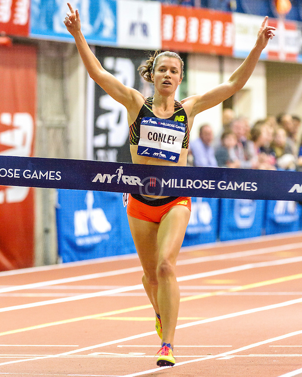 Millrose Games: womens 3000m, Kim Conley wins