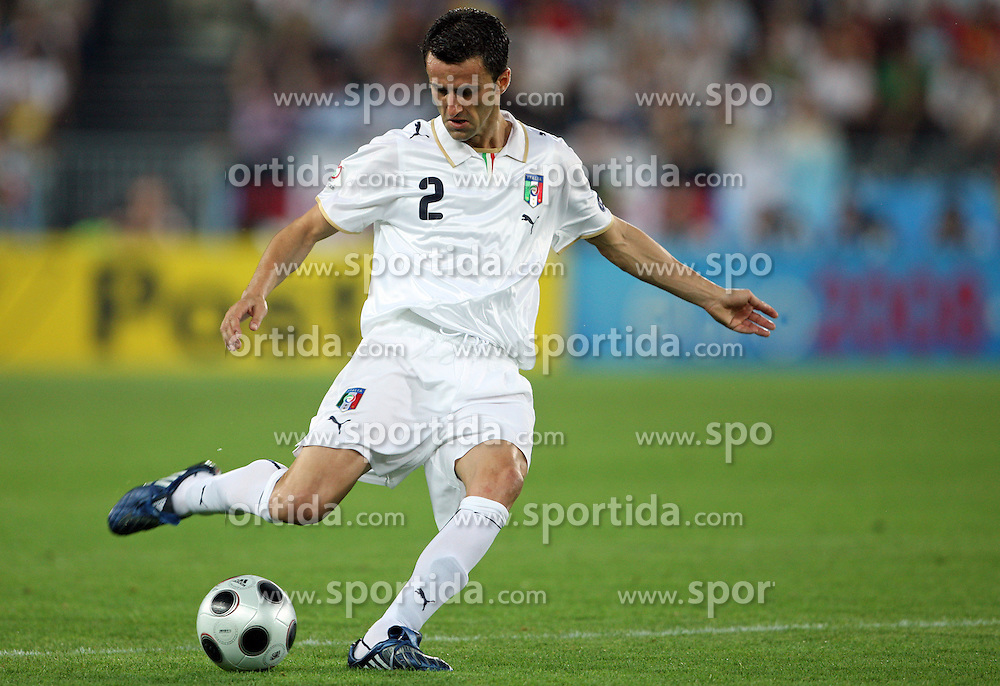 Christian Panucci of Italy (2) during the UEFA EURO 2008 Quarter-Final soccer match between Spain and Italy at Ernst-Happel Stadium, on June 22,2008, in Wien, Austria. Spain won after penalty shots 4:2. (Photo by Vid Ponikvar / Sportal Images)