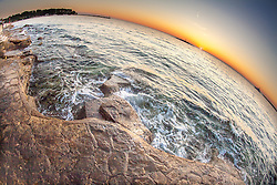THEMENBILD - URLAUB IN KROATIEN, Sonnenuntergang, Meer und Strand mit einem Fischaugen Objektiv aufgenommen am 03.07.2014 in Porec, Kroatien // Sunset, ocean and beach with a fish-eye lens at Porec, Croatia on 2014/07/03. EXPA Pictures © 2014, PhotoCredit: EXPA/ JFK