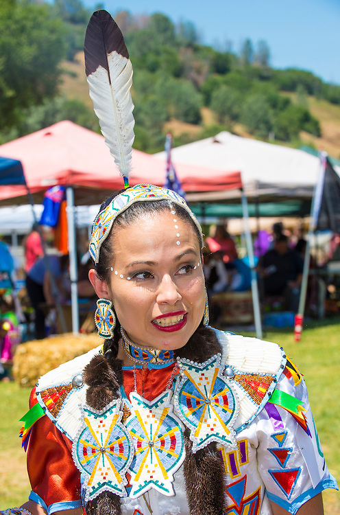 MARIPOSA ,USA - MAY 11 : An unidentified Native Indian woman takes part at the Mariposa 20th annual Pow Wow in California , USA on May 11 2013 ,Pow wow is native American cultural gathernig event.