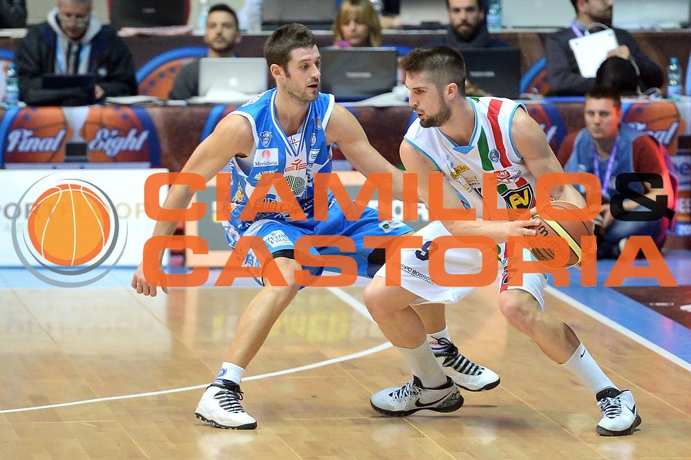 DESCRIZIONE : Final Eight Coppa Italia 2015 Desio Quarti di Finale Banco di Sardegna Sassari vs Vagoli Basket Cremona<br /> GIOCATORE : Mian Fabio<br /> CATEGORIA :Controcampo Palleggio Difesa <br /> SQUADRA : Vagoli Basket Cremona<br /> EVENTO : Final Eight Coppa Italia 2015 Desio <br /> GARA : Banco di Sardegna Sassari vs Vagoli Basket Cremona<br /> DATA : 20/02/2015 <br /> SPORT : Pallacanestro <br /> AUTORE : Agenzia Ciamillo-Castoria/I.Mancini