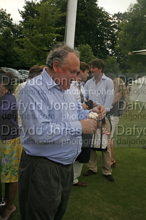 Anthony Oppenheim, Guy Leymarie and Tara Getty host The De Beers Cricket Match. The Lashings Team versus the Old English team. Wormsley. ONE TIME USE ONLY - DO NOT ARCHIVE  © Copyright Photograph by Dafydd Jones 66 Stockwell Park Rd. London SW9 0DA Tel 020 7733 0108 www.dafjones.com