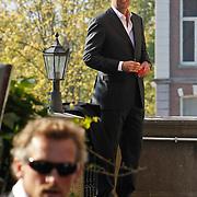 NLD/Amsterdam/20101012 - Herdenkingsdienst overleden Antonie Kamerling, Reinout Oerlemans