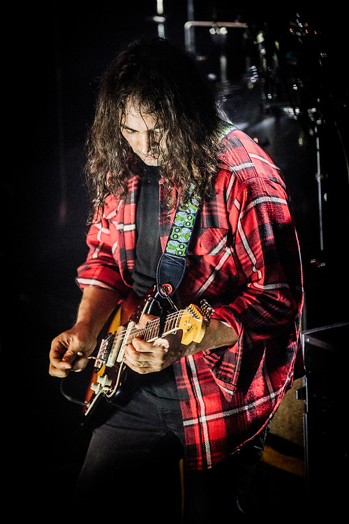 NEW YORK, NY - SEPTEMBER 19: American band The War On Drugs perform at Terminal 5 on September 19, 2017 in New York, New York. (PHOTO CREDIT: EricMTownsend.com)