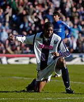 Photo: Glyn Thomas.<br />West Bromwich Albion v Chelsea. The Barclays Premiership. 04/03/2006.<br />Kanu celebrates his late goal for West Brom.
