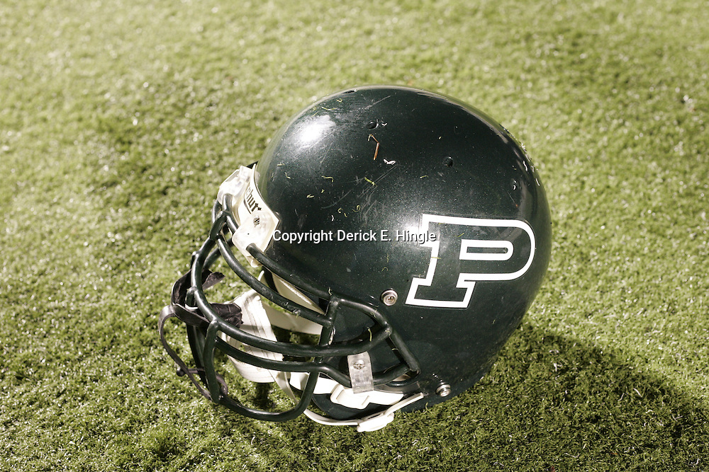 07 November 2008:  Helmet The Ponchatoula Green Wave defeated District 7-5A rival the Hammond Tornados 34-13 at Strawberry Stadium in Hammond, LA . The Green Wave with the win clinched a spot in the 2008 playoffs.
