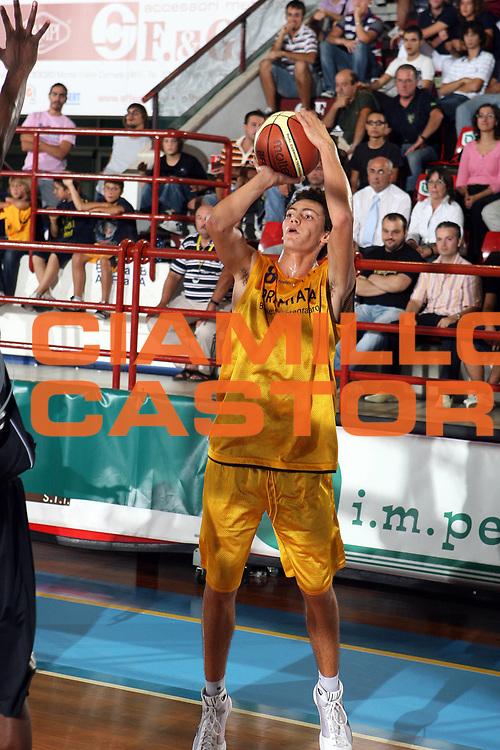 DESCRIZIONE : Porto San Giorgio Lega A1 2008-09 Amichevole Premiata Montegranaro Carife Ferrara<br />GIOCATORE : Marco Portannese<br />SQUADRA : Premiata Montegranaro<br />EVENTO : Campionato Lega A1 2008-2009<br />GARA : Premiata Montegranaro Carife Ferrara<br />DATA : 11/09/2008<br />CATEGORIA : Tiro<br />SPORT : Pallacanestro<br />AUTORE : Agenzia Ciamillo-Castoria/G.Ciamillo
